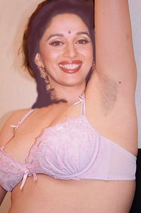 n84slrkfhpg4 t Madhuri Dixit Nude Showing her Boobs n Pussy in Open [Fake]
