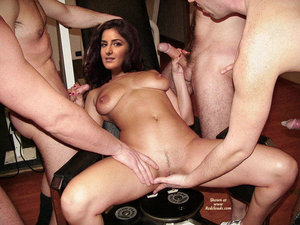yetre31o9hxz t Katrina Kaif Nude Showing her Nude BOobs and Get Gangbanged [Fake]